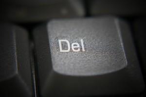 Google анонсирует инструмент для лёгкого удаления URL на посторонних сайтах.